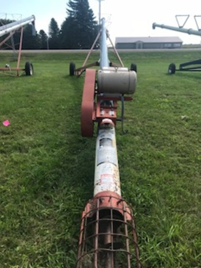 "Feterl approx. 8"" x 60' Auger"