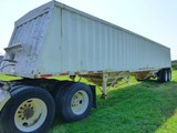 1980 Hawkeye Steel 42' Hopper Trailer