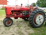 IH M Gas Tractor