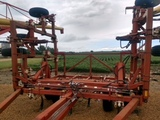 Wilrich 4400 28' chisel plow