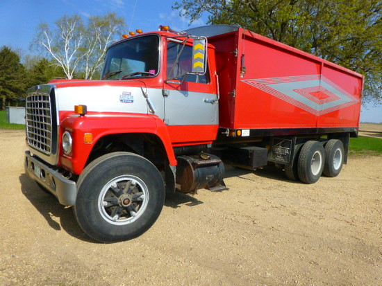 1986 Ford L8000 Twin Screw Diesel