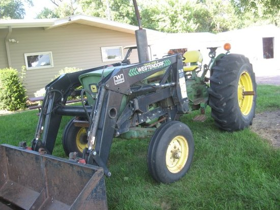 JD 2030 Tractor w/ Loader