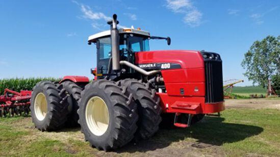 Versatile 400 4 x 4 Tractor
