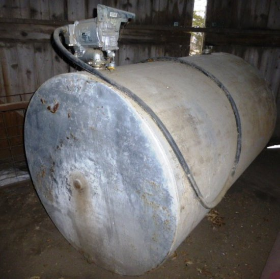 550 gal. Fuel Tank w/Electric Pump