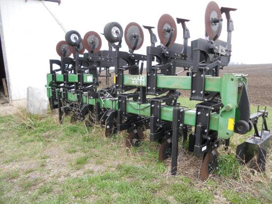 B&H 9600 12-30 Cultivator