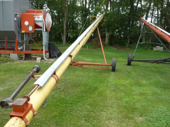 Westfield 8x50' PTO Auger