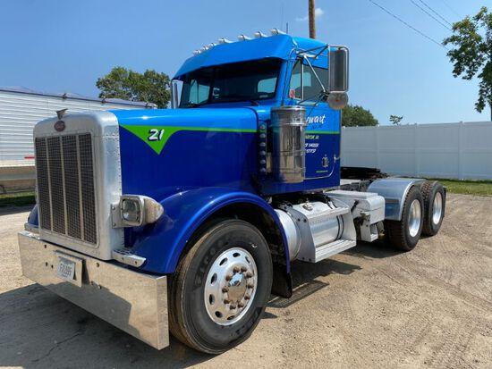 1999 Peterbilt Model 378 Truck Tractor