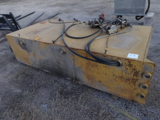 METAL HYD TANK WITH 3 PUMPS