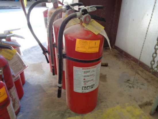 (3)Large Fire Extinguishers