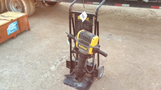 DEWALT ELECTRIC JACK HAMMER