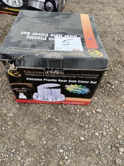 Chrome Rear Axle Cover Set