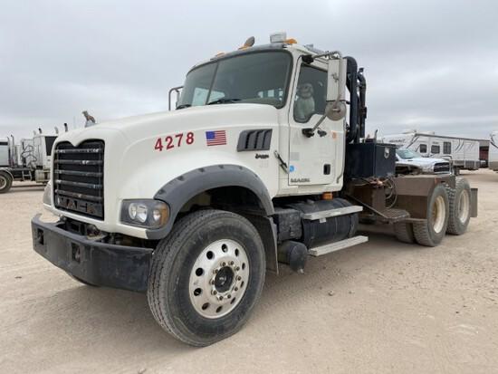 2007 Mack GU713 Winch Truck VIN: 1M2AX04Y88M004278 Odometer States: 247542