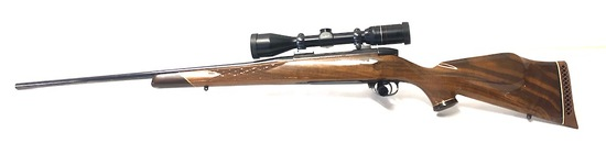300 Weatherby Mark V Deluxe, SN# H200011,1982 Model with Scope