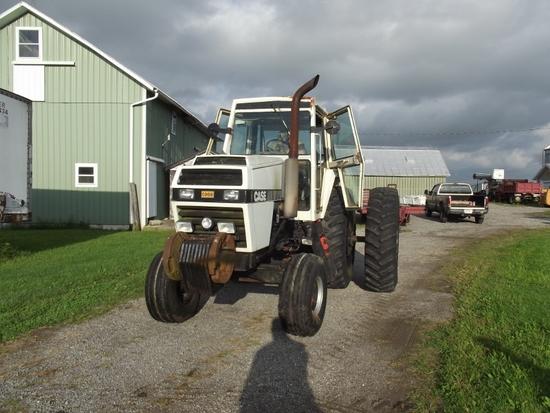 1979 CASE 2390 2WD w/CHA, 18.4-38 axle duals, (4) SCVs, frt. wts., 5346Hrs. (SN 8849329)
