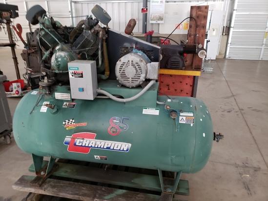 Horizontal air compressor