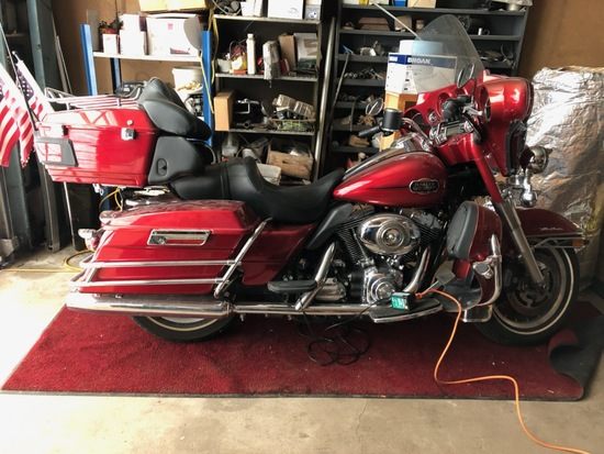 2008 Harley Davidson Ultra Classic Motorcycle w/ lots of chrome and only 8,500 miles