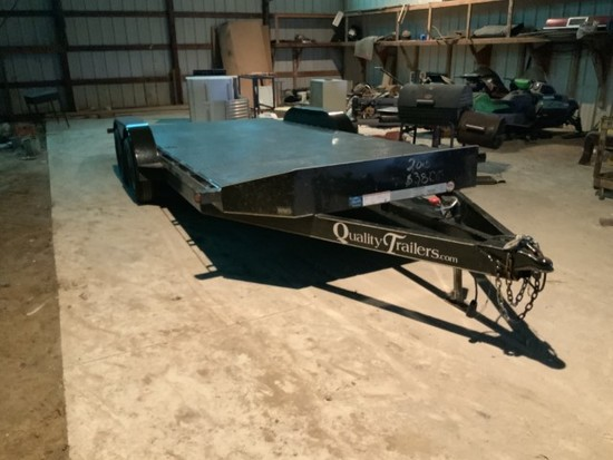 18ft Quality Pro Series Car Hauler w/ beaver tail, tandem axle, tie downs & pull out ramps