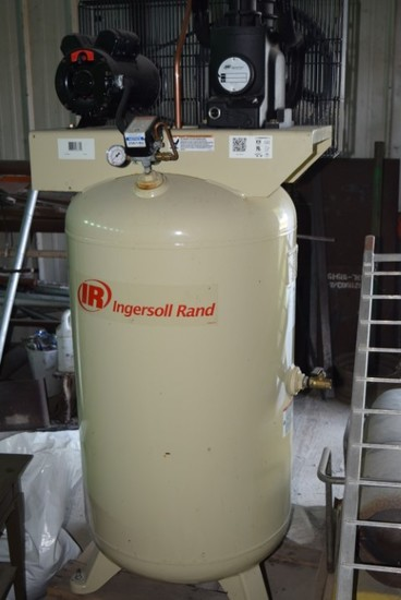 (NEW) Ingersoll Rand Vertical single phase air compressor