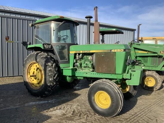 '83 JOHN DEERE 4250 2WD, w/CHA, long axle, 2SCV's, power shift, AM/FM Radio, 18.4-38 rubber, 3448 HR