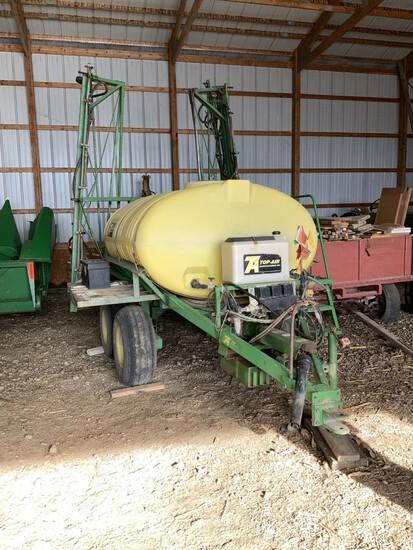 Top Air tandem axle 750 gal. sprayer w/ 60' booms, PTO pump, monitor & boom control