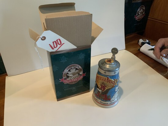 Collectors Club  1996 The Anheuser-Busch membership Stein