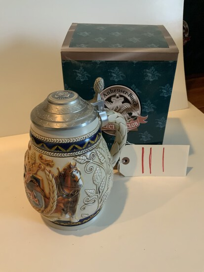 """Collectors Club 1997 """"PRIDE AND TRADITION"""" MEMBERSHIP STEIN"""