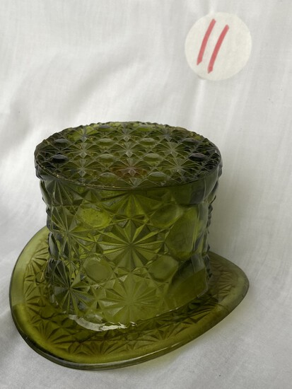 Fenton Glass Top Hat, Daisy Button Dish in Green