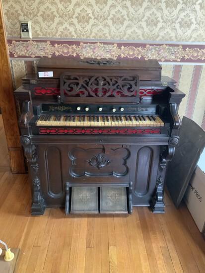 Mason and Hamlin organ company (pump organ)