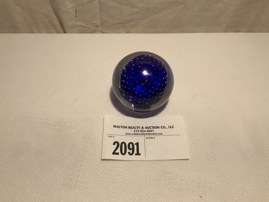 Paperweight, Royal Blue, Tiffin w/Controlled Bubbles
