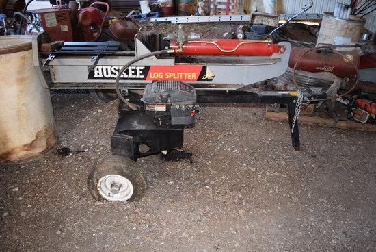 Huskee 22T pull type log splitter