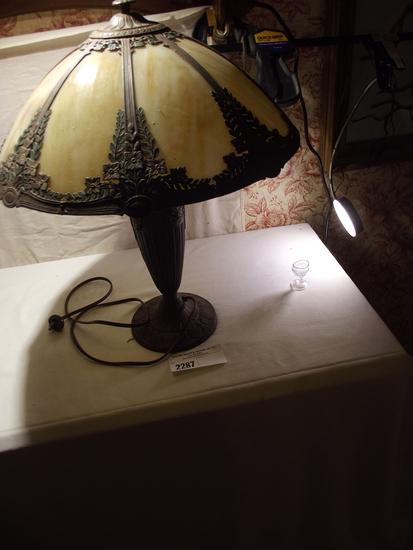 8 Panel Slag Shade Lamp