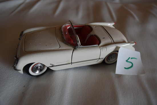 53 Corvette FM 1:24