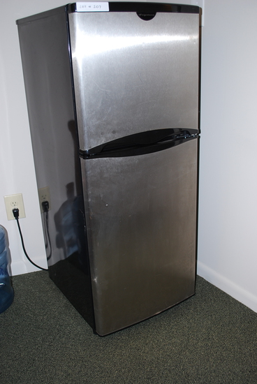 Frigidaire Dorm Style Fridge and Freezer