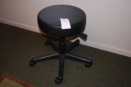 "Doctors Stool - 15"" round adjustable"