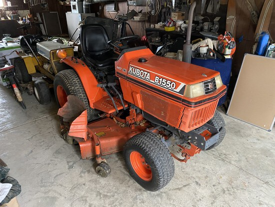 Kubota B1550 w/4WD 1807Hrs., 3pt., PTO, (1 Owner) 60in. deck