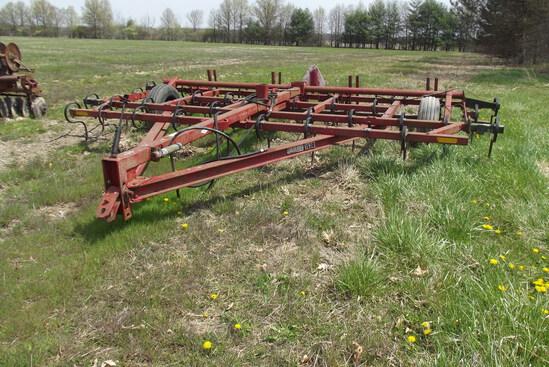 Hiniker 18ft. Field Cultivator