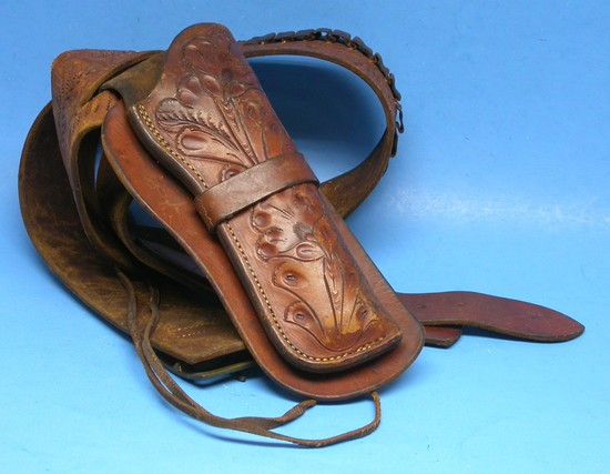 Tooled Leather Western Holster    Auctions Online | Proxibid