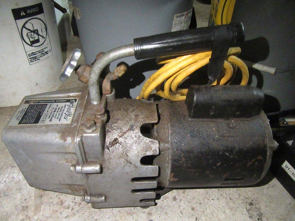 Fast Vac Deep Vacuum Pump Model Dv 127 Estate Personal