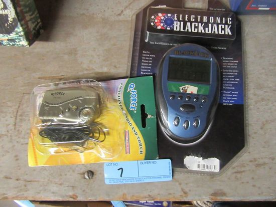 ELECTRONIC BLACKJACK GAME AND Q FORCE FM  AUTO SCAN RADIO & TORCH
