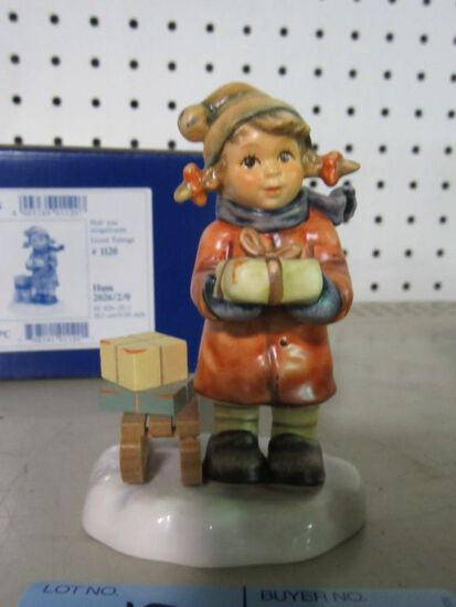 GOEBEL FIGURINE GOOD TIDINGS HUM 2026 2 / 0