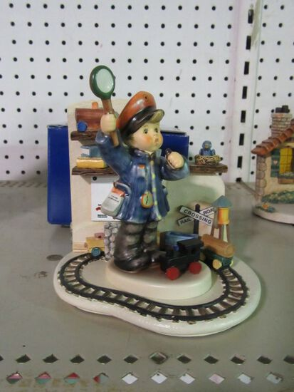 GOEBEL FIGURINES  HOMEWARD BOUND 1044-D AND ALL ABOARD HUM 2044