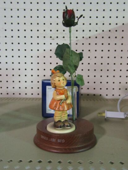 GOEBEL ROSES ARE RED DISPLAY STAND AND ROSES ARE RED FIGURINE HUM 762