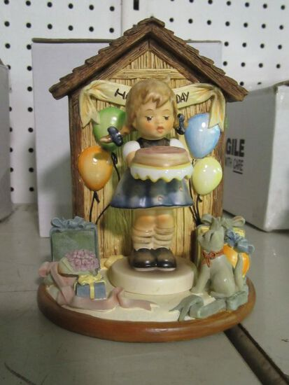 GOEBEL FIGURINES HAPPY BIRTHDAY 925-D AND SWEET AS CAN BE 541