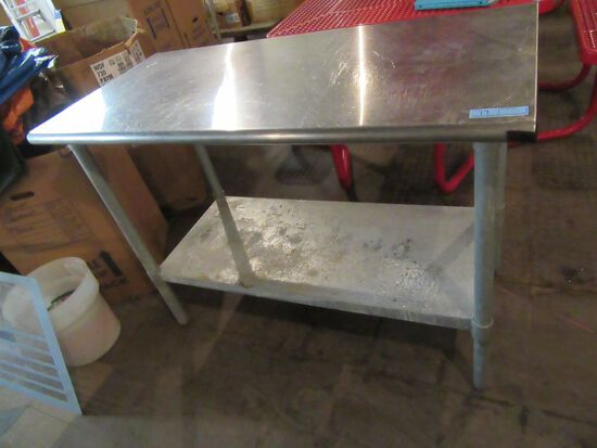 4' STAINLESS STEEL TABLE