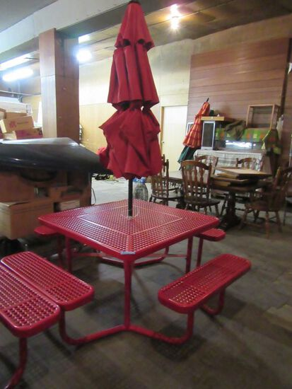METAL 4 SIDED PICNIC TABLE WITH UMBRELLA