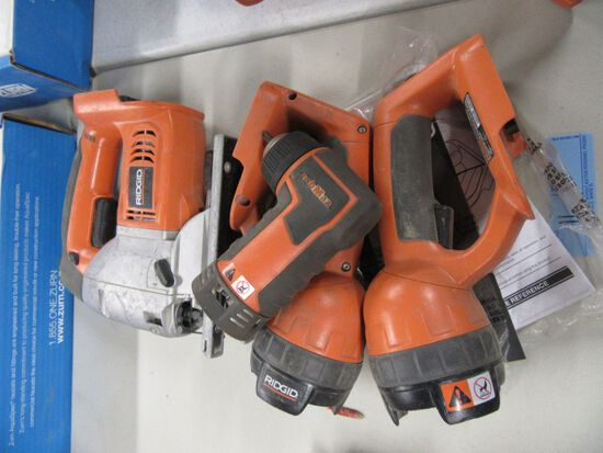 RIDGID 18 VOLT FLASHLIGHTS MODEL NUMBER R849. SAWZALL MODEL NUMBER R8433. N