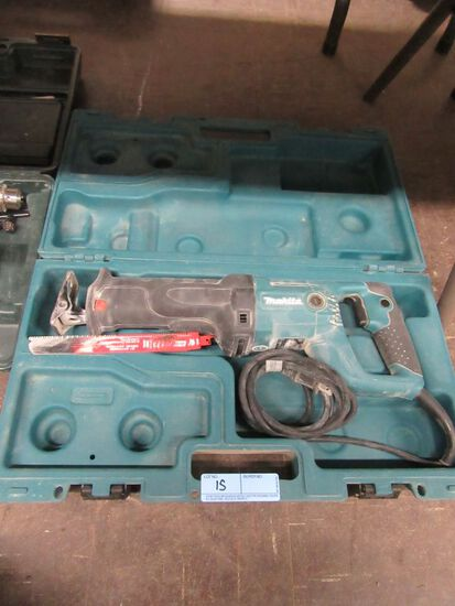 MAKITA SAWZALL WITH CASE. MODEL JR3050T