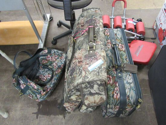 FLORAL LUGGAGE