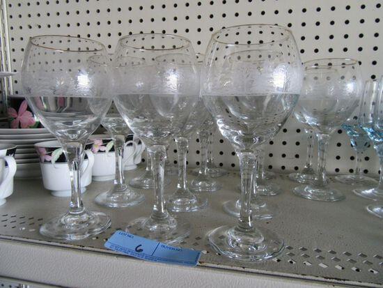 CHRISTMAS WINE GLASSES