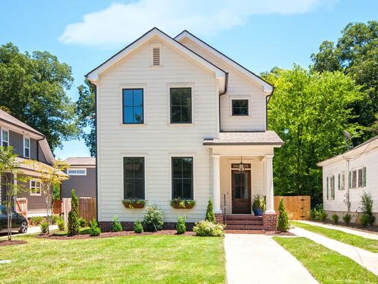 112 N. Calhoun St., Greenville, SC. 29601